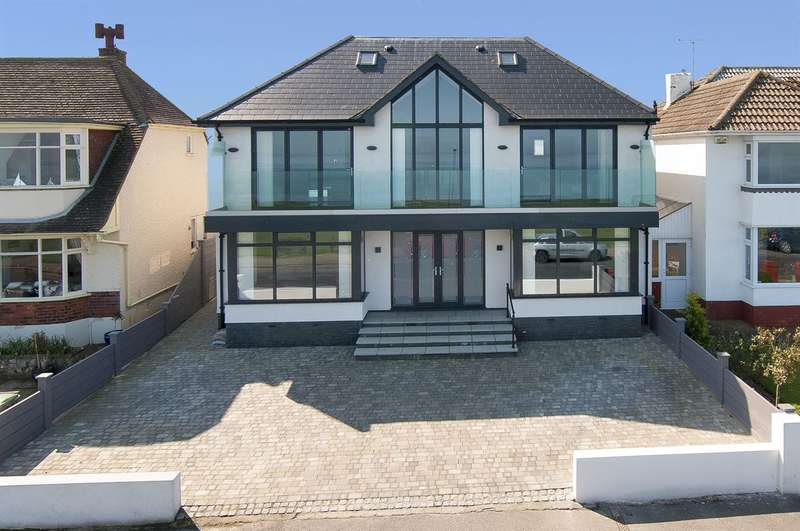 4 Bedrooms Detached House for sale in Marine Parade, Tankerton, Whitstable
