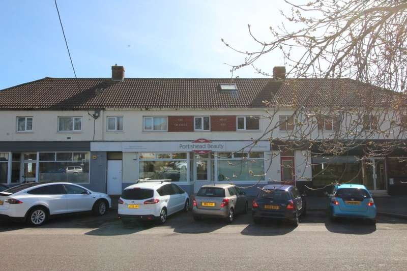 3 Bedrooms Flat for sale in The Triangle, West Hill,Portishead, Bristol, BS20