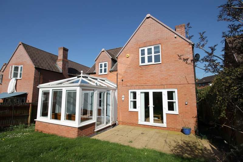 4 Bedrooms Detached House for sale in The Fairway, Worcester, WR4