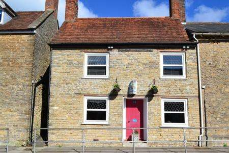 3 Bedrooms Cottage House for sale in Wincanton, Somerset, BA9