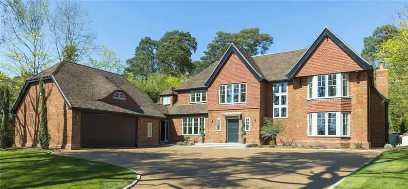 6 Bedrooms Detached House for sale in Woodland Drive, East Horsley, Leatherhead, Surrey, KT24