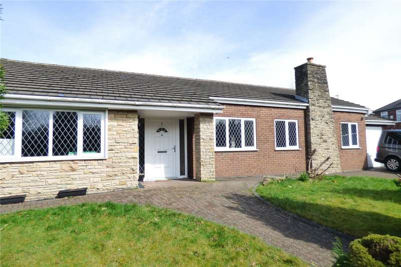 5 Bedrooms Detached Bungalow for sale in Victoria Place, Denton, Manchester, Greater Manchester, M34