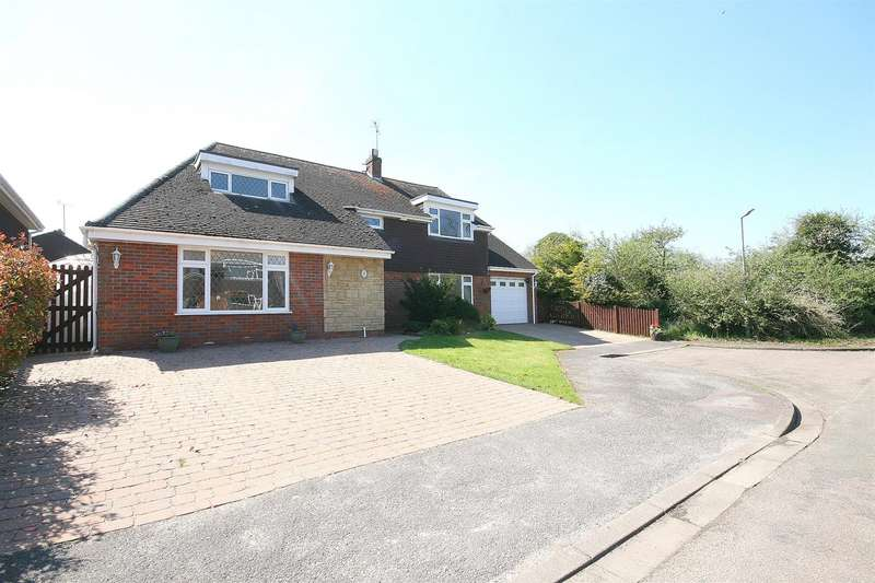 5 Bedrooms Detached House for sale in Good Intent, Edlesborough, Bucks