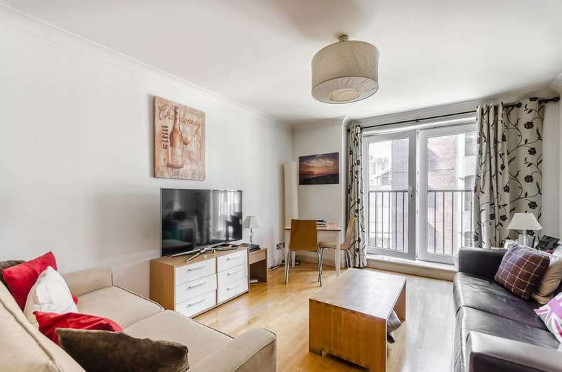 2 Bedrooms Flat for sale in Newton Street, Covent Garden, WC2B