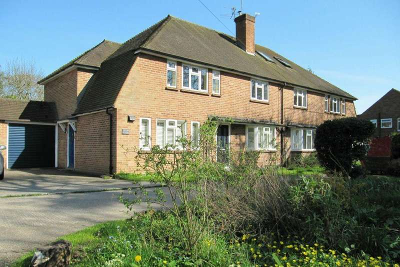 2 Bedrooms Maisonette Flat for sale in Eaton House, Pinewood Road, Iver Heath, Bucks, SL0 0NW