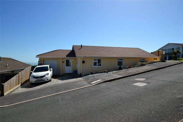 2 Bedrooms Detached Bungalow for sale in Portbyhan Road, Looe, Cornwall