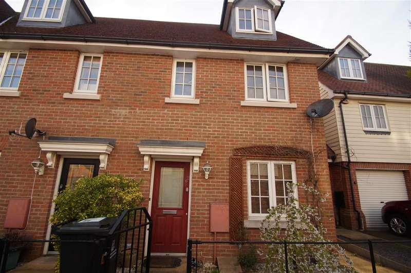 3 Bedrooms End Of Terrace House for sale in Cambie Crescent, Colchester