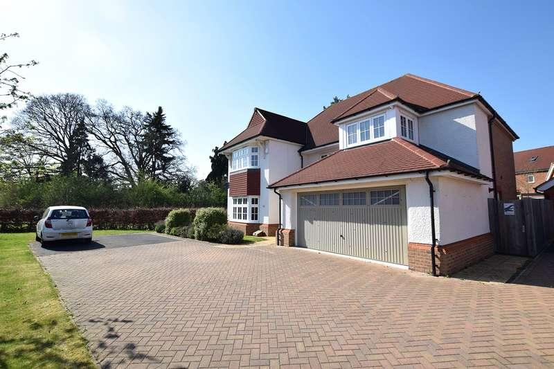 4 Bedrooms Detached House for sale in Goldcrest Road, Bracknell, Berkshire, RG12