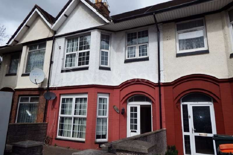 3 Bedrooms Terraced House for sale in Corporation Road, Newport, Gwent. NP19 0BG