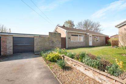 3 Bedrooms Bungalow for sale in Sporle, King's Lynn