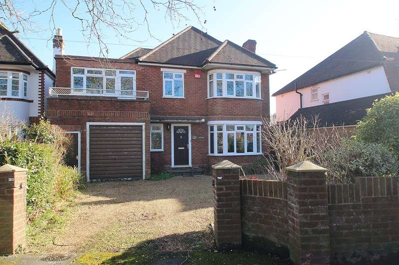 5 Bedrooms Detached House for sale in Park Lane, Fareham
