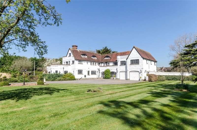 6 Bedrooms Detached House for sale in Springfield Close, East Preston, Littlehampton, BN16