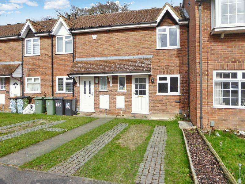 3 Bedrooms Terraced House for sale in Cemetery Road, Dunstable