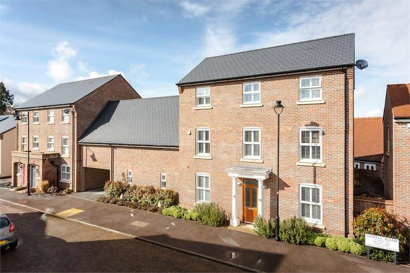 4 Bedrooms Detached House for sale in Newell Road Forest Hall Stansted