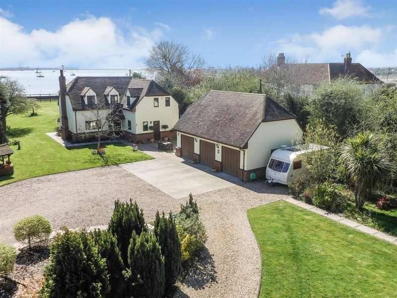 4 Bedrooms Detached House for sale in Goldhanger Road, Heybridge,