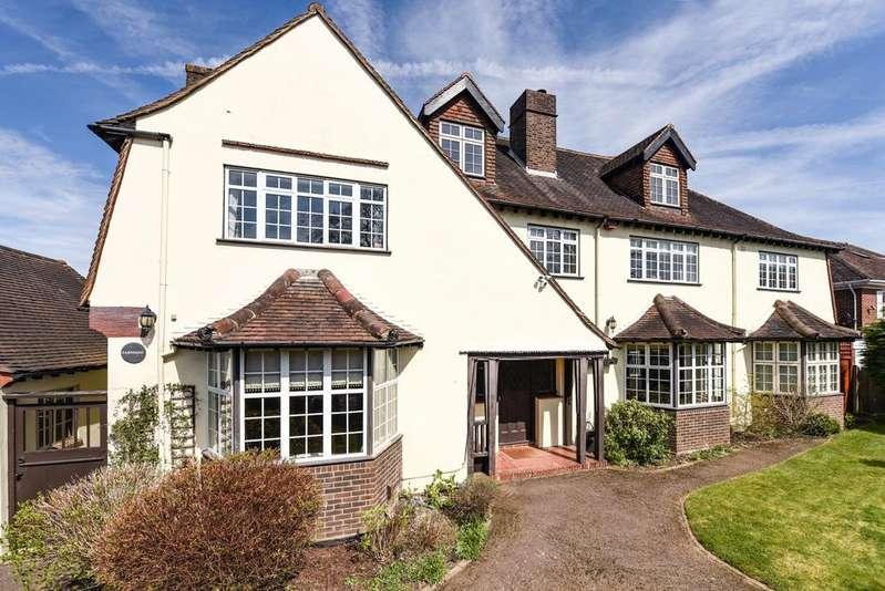 7 Bedrooms Detached House for sale in Hawthorne Road, Chislehurst, BR1