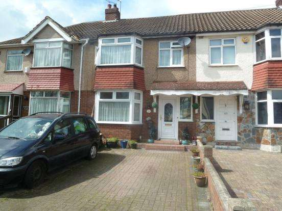 4 Bedrooms Terraced House for sale in Northfield Road, Waltham Cross, EN8