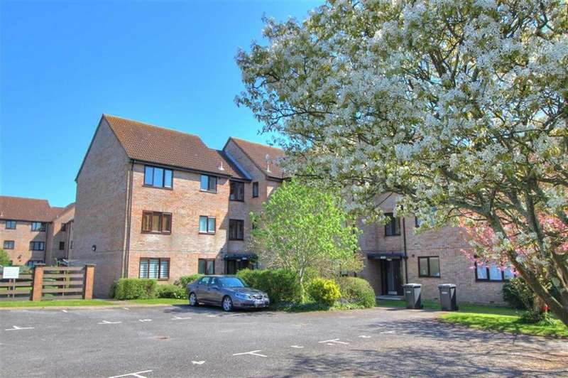 1 Bedroom Flat for sale in Oakhill Close, Chandlers Ford, Hampshire