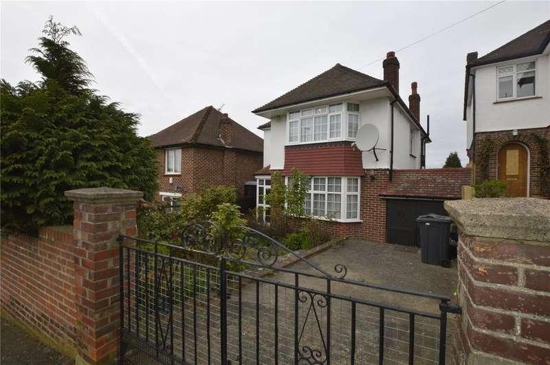 3 Bedrooms Detached House for sale in Spurgeon Road, Upper Norwood, London, SE19