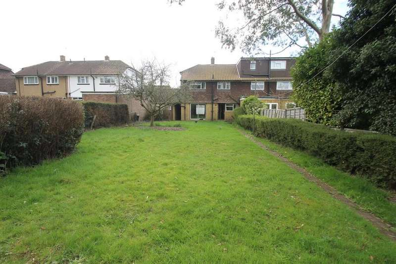 3 Bedrooms Semi Detached House for sale in Hatherall Road, Maidstone