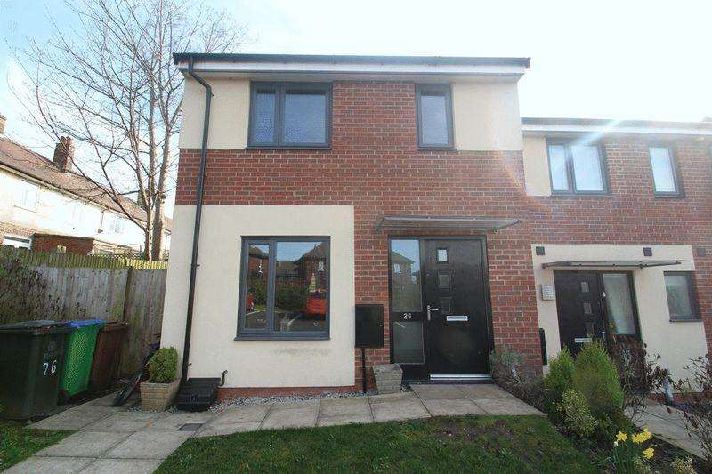 3 Bedrooms Terraced House for sale in Avoncliffe Close, Rochdale OL11 2LU