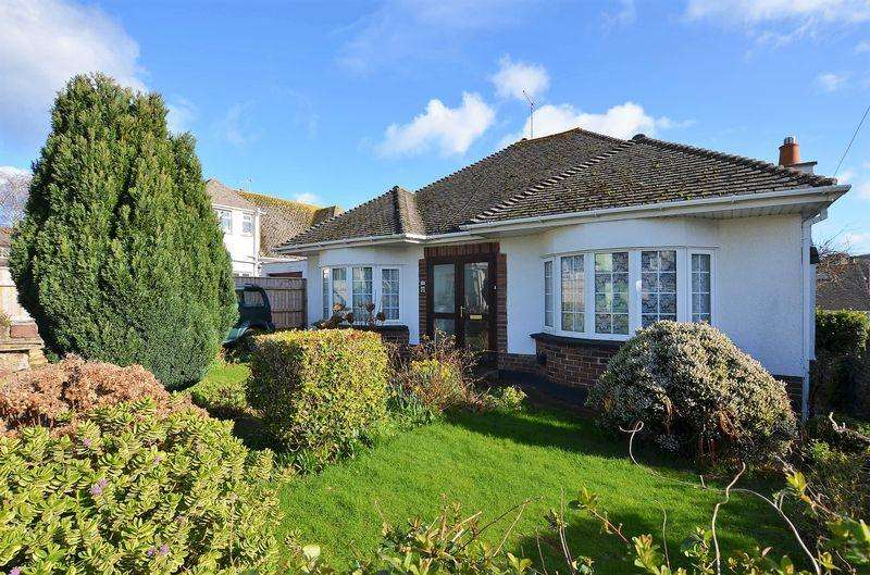 2 Bedrooms Bungalow for sale in GREENOVER ROAD BRIXHAM