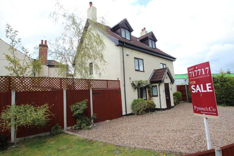 4 Bedrooms Cottage House for sale in The Street, Brundall