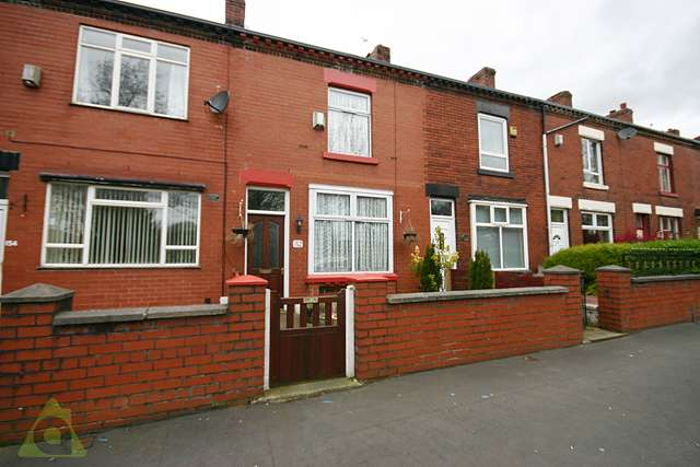 2 Bedrooms Terraced House for sale in Hawthorne Road, Deane, BL3