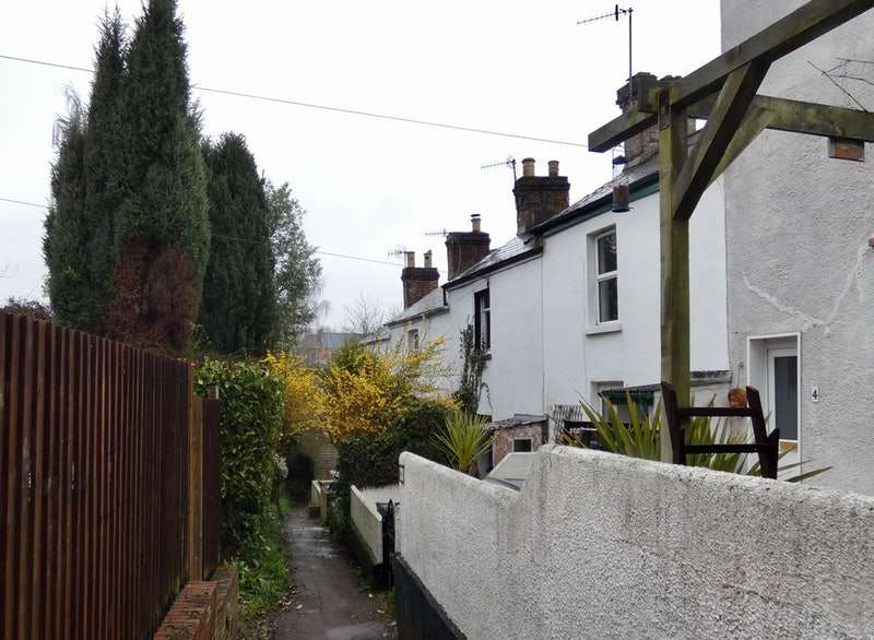 1 Bedroom Terraced House for sale in Clarence Place, Exeter, Devon, EX4