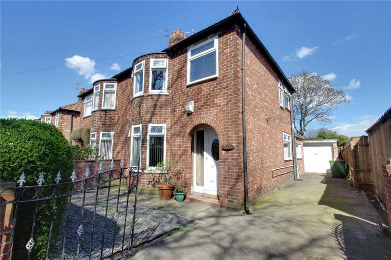 3 Bedrooms Semi Detached House for sale in Manor Green, Normanby