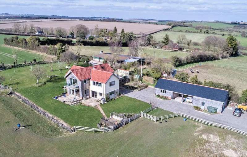 4 Bedrooms Detached House for sale in Rockbourne, Rockbourne, SP6