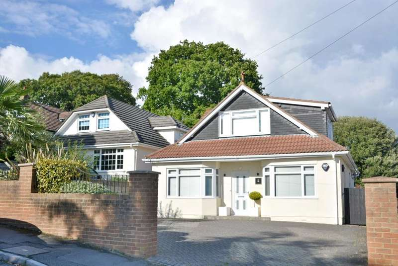 3 Bedrooms Detached Bungalow for sale in Parkstone, Poole, BH14