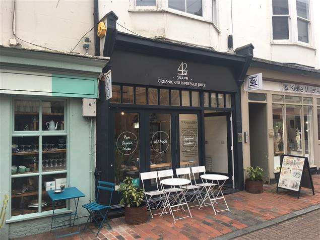 Property for rent in 19 Market Street, Brighton