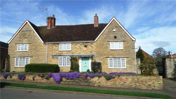 7 Bedrooms Detached House for sale in The Manor House, Home Close, Sharnbrook