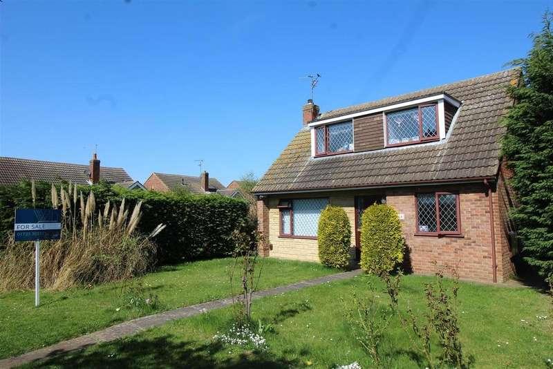 3 Bedrooms Detached Bungalow for sale in Elter Walk, Gunthorpe, Peterborough