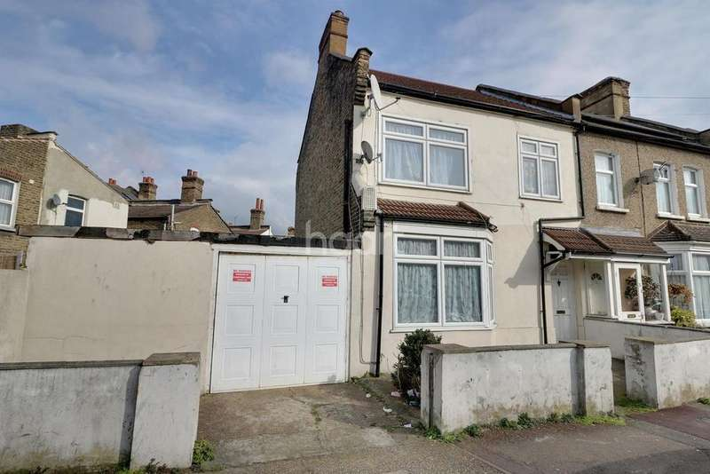 3 Bedrooms End Of Terrace House for sale in Alexandra Road, East Ham