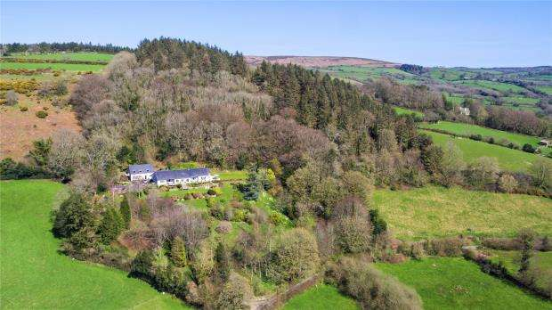 5 Bedrooms Detached House for sale in Moretonhampstead, Newton Abbot, Devon