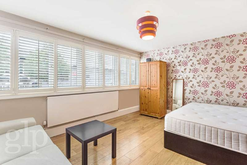 2 Bedrooms Flat for sale in Banbury Street, Battersea, SW11