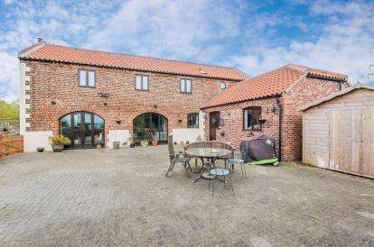 4 Bedrooms Barn Conversion Character Property for sale in The Drayton, Swineshead, Boston, Lincolnshire