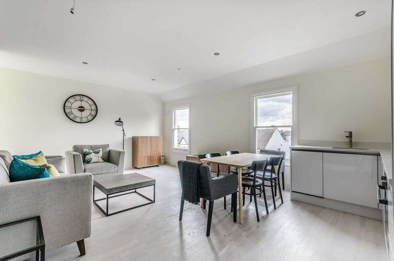 3 Bedrooms House for sale in Provenance House, Colliers Wood, SW19