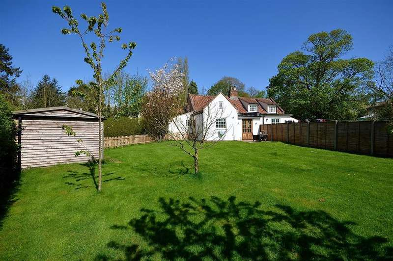 2 Bedrooms Semi Detached House for sale in Cow Lane, Tealby, Market Rasen