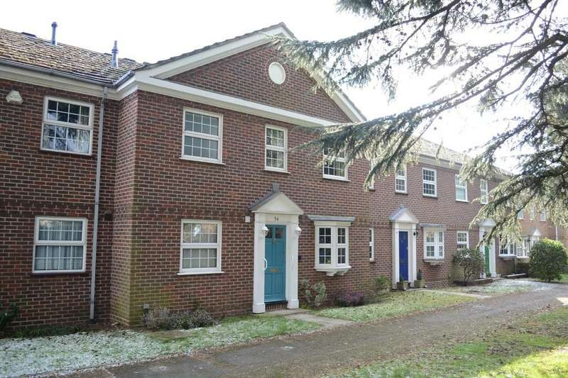 4 Bedrooms Town House for sale in Bath Road, Reading