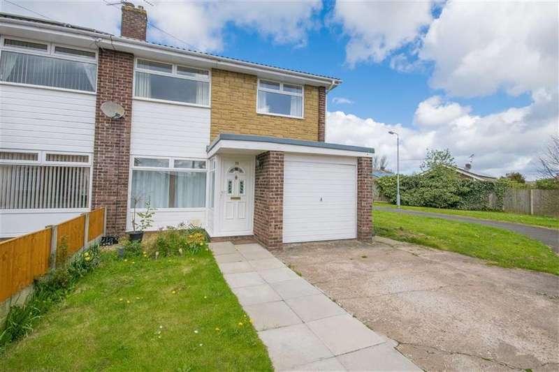 3 Bedrooms Semi Detached House for sale in Moelwyn Close, Bryn-y-Baal, Mold