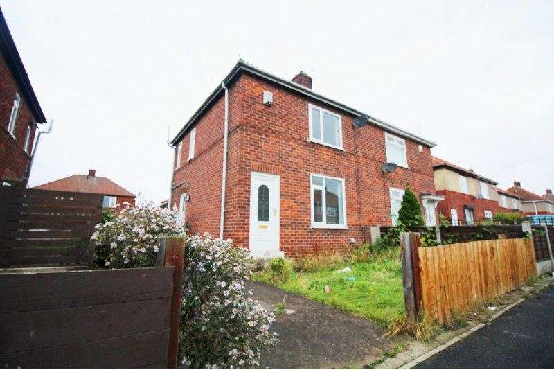 2 Bedrooms Property for sale in Myrtle Road, Primrose Hill, Stockton-on-Tees, Cleveland, TS19 0JW