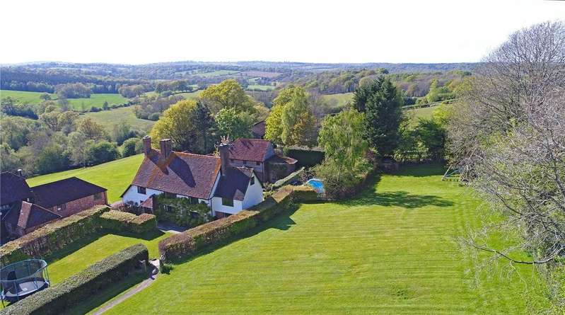 5 Bedrooms Detached House for sale in Buckland Hill, Wadhurst, East Sussex, TN5