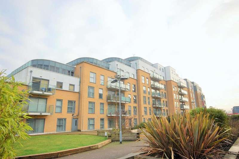 1 Bedroom Penthouse Flat for rent in Woolners Way, Stevenage - NOW LET