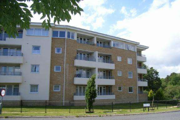 2 Bedrooms Ground Flat for rent in Arbour Court, Whiteley