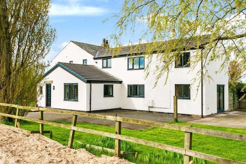 4 Bedrooms Farm House Character Property for sale in Bank Lane, Warton, Preston, Lancashire, PR4 1TB