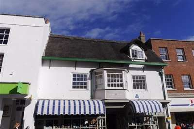 3 Bedrooms Maisonette Flat for rent in Lyme Regis