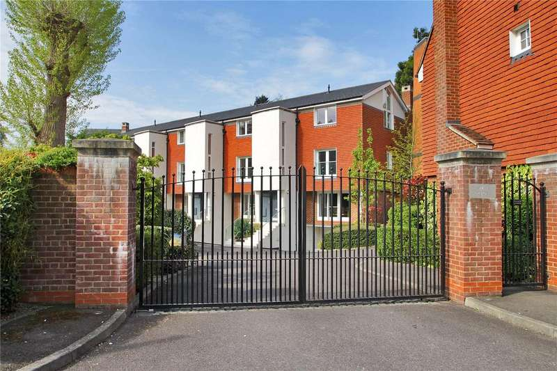 5 Bedrooms End Of Terrace House for rent in Swan Place, Westerham, Kent, TN16